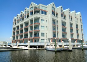 40 Rader Street Unit 412 Norfolk - The Pier Condos